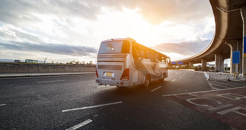 dotazione-di-estintori-su-pullman-turistici-e-scuolabus